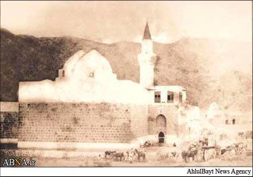 Bəqi İmamlarının (ə) nuru, qəbirləri dağıtmaqla sönməz