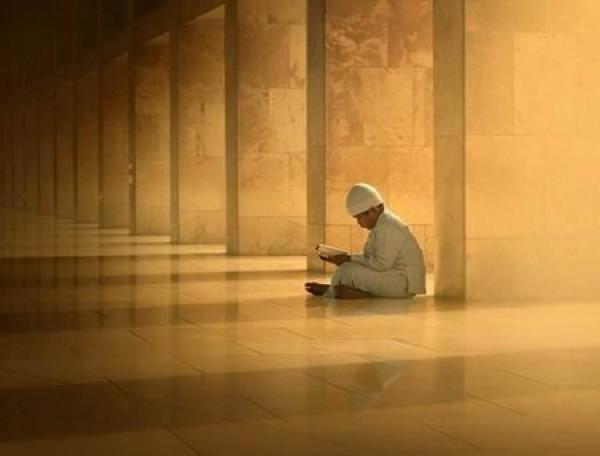 Dua etməkdən yorulmayaq. Ən kiçik hacətlərimizi də belə, Allaha bildirək